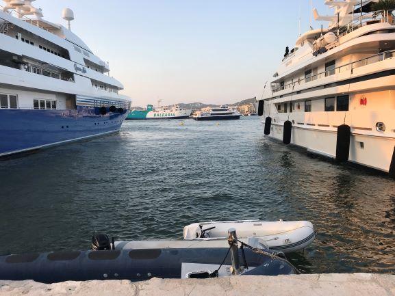 Ibiza Hafen2